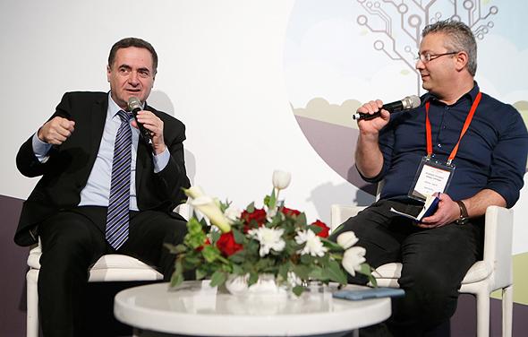 שר התחבורה ישראל כץ בשיחה אחד על אחד עם כתב כלכליסט ליאור גוטמן