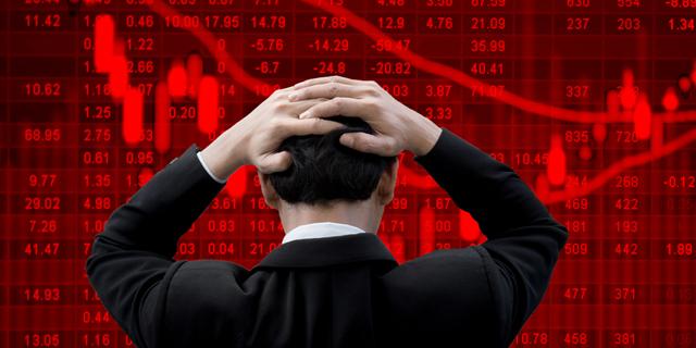 אג'יו: חוב של 9.5 טריליון דולר עלול להטביע את הכלכלה האמריקאית
