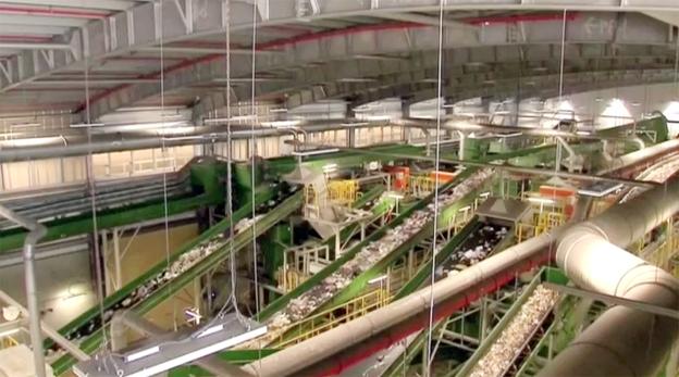 מפעל ייצור דלק מאשפה בחיריה, צילום: רויטרס