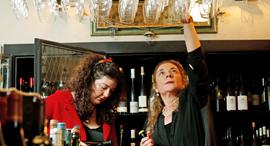 ענת סלע ורפאלה רונן, צילום: עמית שעל