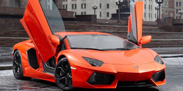 מכוניות יוקרה להשכרה - להרגיש ליום אחד כמו מיליארדר