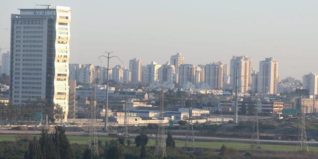 קרית אריה. תוכנית להגדלת זכויות הבנייה ב-600% אושרה בוועדה המחוזית מרכז, צילום: גלעד קוולרציק