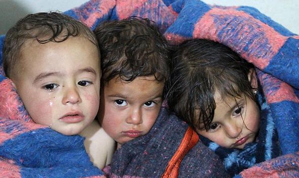 """ילדים בסוריה. במרץ כתב מסי מדיה החברתית: """"יום אחד של מלחמה הוא יותר מדי. ילדי סוריה סובלים מאלימות ואכזריות כבר שש שנים במלחמה שבה הם בני ערובה"""""""