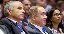 ראש הממשלה בנימין נתניהו ו שר האוצר משה כחלון טקס חתימת הסכם גג אור יהודה, צילום: עמית שעל