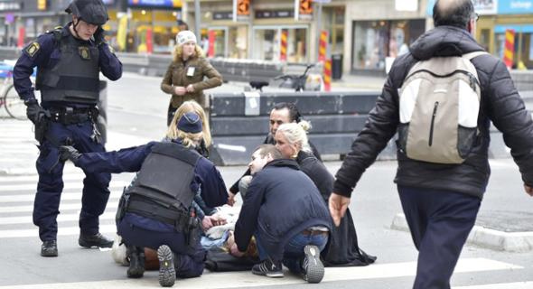 זירת הפיגוע בשטוקהולם , צילום: twitter / cnni