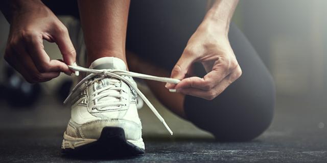 תיאוריית הקשר: חוקרים מאוניבסיטת ברקלי מצאו הסבר מדעי לפרימת שרוכי הנעליים