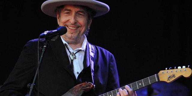 אלבום הקאברים של בוב דילן ממלא ברגש 30 קלאסיקות אמריקאיות