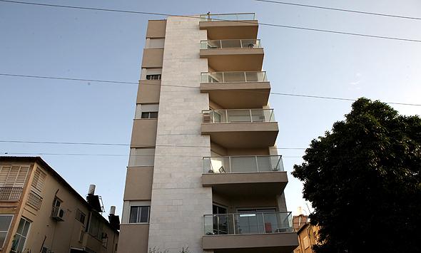 """רחוב הל""""ה 52 גבעתיים ענבל אור פנטהאוז, צילום: עמית שעל"""