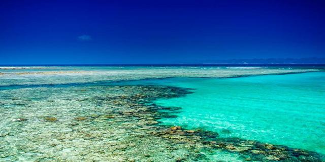 מקרואטיה ועד וייטנאם: החופים והאגמים עם המים הצלולים ביותר בעולם