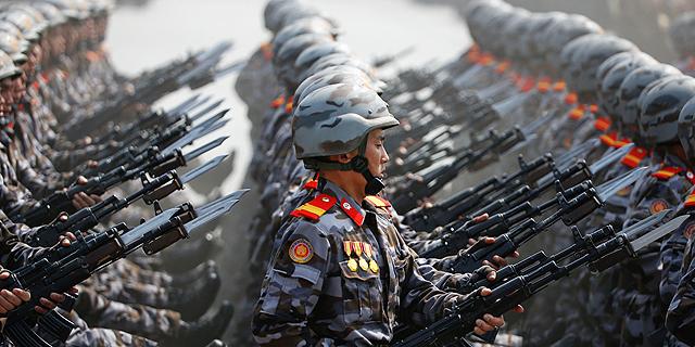 מפגן צבאי בצפון קוריאה, צילום: רויטרס