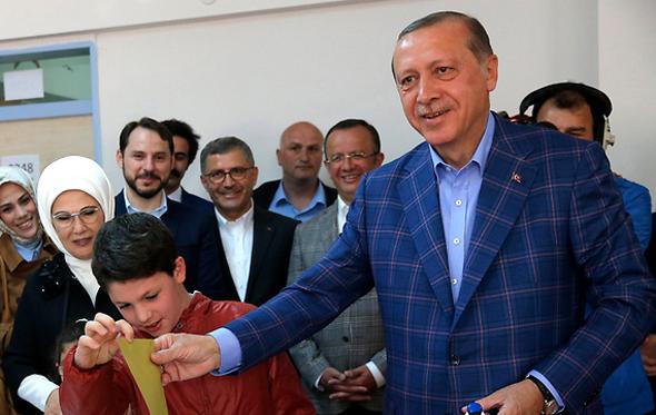 טורקיה משאל עם הנשיא ארדואן, צילום: רויטרס