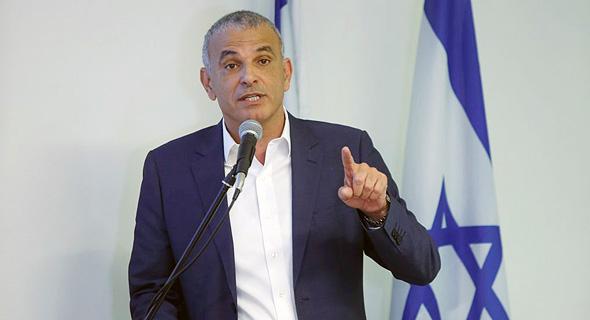 שר האוצר משה כחלון ב מסיבת עיתונאים להודיע על הקלות במסגרת תוכנית נטו משפחה, צילום: עמית שעל