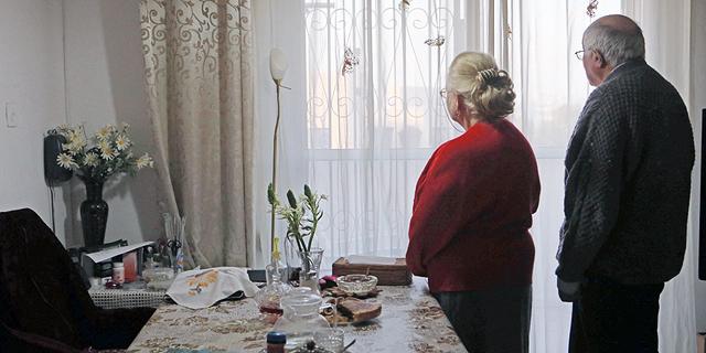 ניצולי שואה, צילום: אלכס קולומויסקי