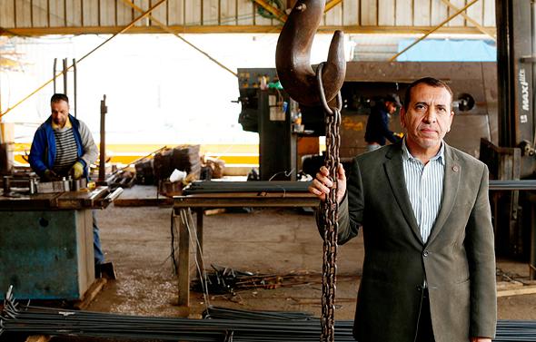 """חאדר אשייח, באר שבע, בעלים של נדל""""ן מניב ומפעל לברזל וטיט, מקים את חברת ההייטק הראשונה במגזר"""