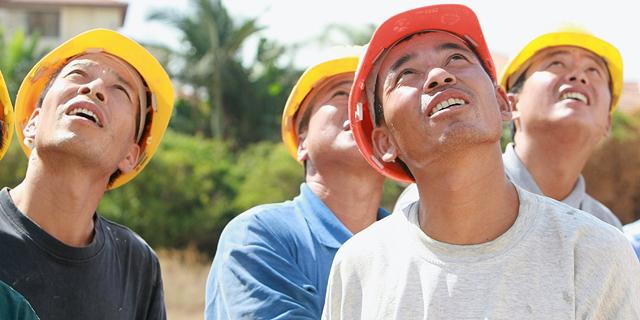לאחר עיכוב של יותר מחודש, הפועלים הסינים יגיעו לארץ