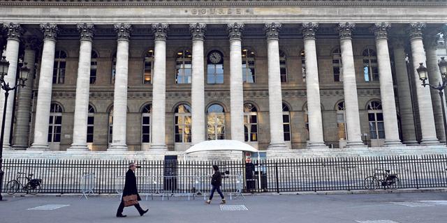 בורסת פריז. מדד הדגל קאק איבד 11% בשנה החולפת, צילום: בלומברג