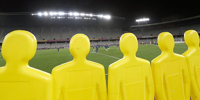75% מהכדורגלנים ברומניה לא מקבלים שכר בזמן - אם בכלל