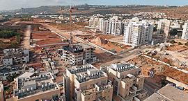 מחיר למשתכן שכונת גלי כרמל טירת הכרמל, צילום: אלעד גרשגורן