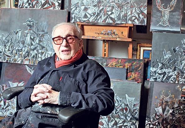 """""""בית המרקחת היה קהילתי. יוסל ברגנר (למעלה) צייר לאמא שלי ציור אחרי שטיפלה לו בזיהום וויראלי. אל אברהם שלונסקי (למטה) הייתי עושה שליחויות בילדותי"""""""