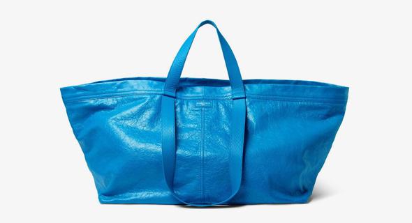 תיק בנוסח איקאה בלנסיה Balenciaga, צילום: Balenciaga