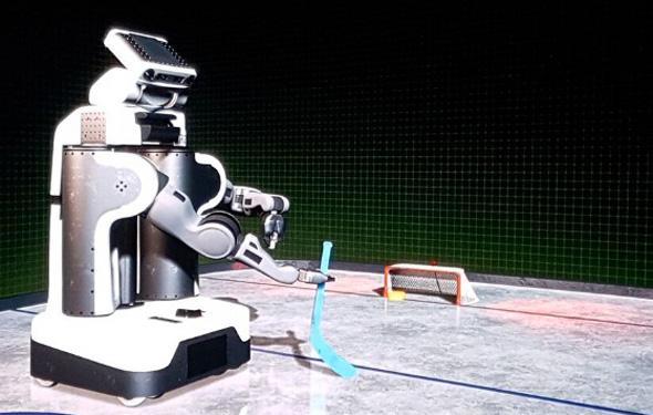 רובוט לומד לשחק הוקי, צילום: ליאור באקאלו
