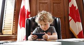 הבן של ראש ממשלת קנדה ג'סטין טרודו ילדים בעבודה, צילום: facebook / Justin Trudeau
