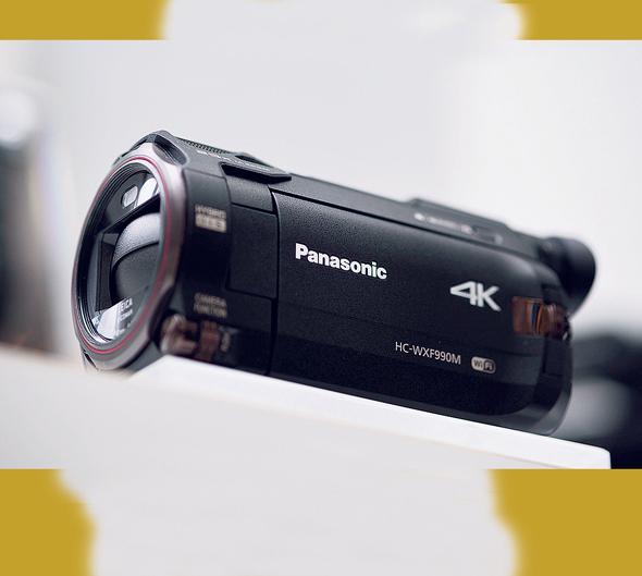 מצלמת HD של פנסוניק המיוצרת ביפן , צילום: בלומברג