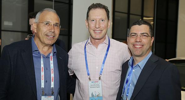 מימין: אריק קליינשטיין, דוד בלומברג ופנחס בוכריס, צילום: אוראל כהן