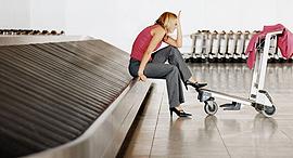 מחכים למזוודות, צילום: air.news.gr
