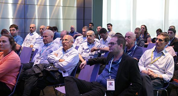 משתתפי ועידת כלכליסט מתארחים בבלומברג, צילום: אוראל כהן