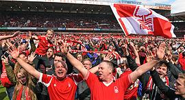 אוהדי נוטינגהאם פורסט קבוצת כדורגל אנגלית, צילום: גטי אימג'ס