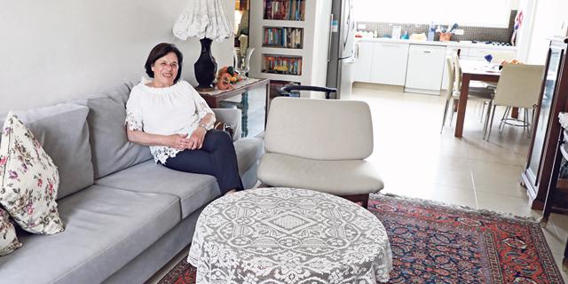 """מגזין נדל""""ן 24.5.17 מתכווצים עם הגיל מרגלית פרייס, צילום: דנה קופל"""