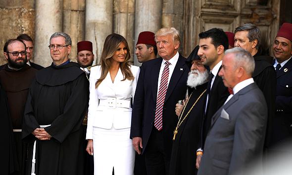 דונלד טראמפ ו מלניה טראמפ ב כנסיית הקבר מאי 2017, צילום: איי פי