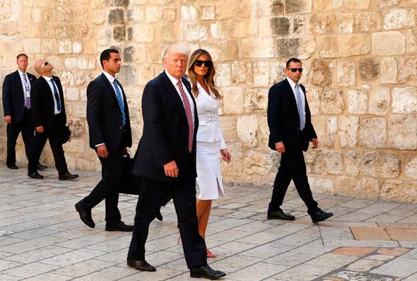 דונלד טראמפ ו מלניה טראמפ ב כותל המערבי ירושלים מאי 2017, צילום: איי אף פי