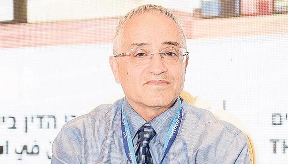 """השופט אברהם אליקים, סגן נשיא ביהמ""""ש המחוזי בחיפה"""