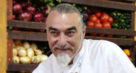 שאול בן אדרת שף ב מסעדת קימל, צילום: צביקה טישלר