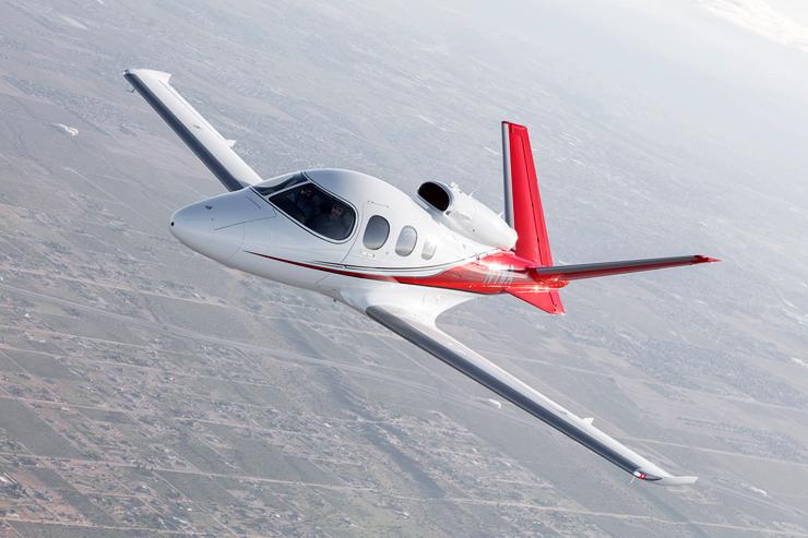 """בתעופה. מגיע למהירות של 555 קמ""""ש, צילום: cirrusaircraft"""