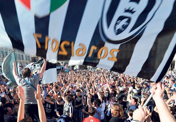 """מ־2007/08 רק שבע קבוצות איטלקיות הופיעו ברבע גמר ליגת האלופות. יובנטוס עשתה זאת שלוש פעמים, יותר מכל קבוצה אחרת, ואחראית למרב נקודות הדירוג של הסריה A באופ""""א , צילום: אי פי איי"""