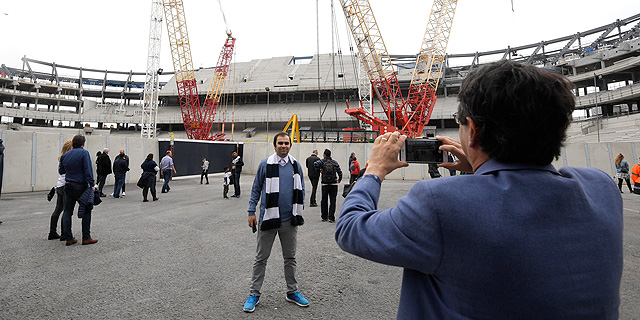 """טוטנהאם מהפרמיירליג לקחה הלוואה בגובה 400 מיליון ליש""""ט להשלמת האצטדיון החדש"""