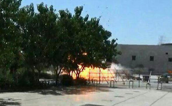 פיצוץ במתחם קבר חומייני איראן
