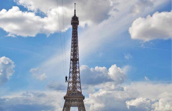 אומגה מגדל אייפל פריז 3