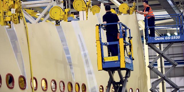 מפעל איירבוס בבריטניה, החברה אימצה את פילוסופיית החברה החופשית, צילום: בלומברג