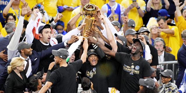 גולדן סטייט היא הקבוצה הגדולה בתולדות ה-NBA? כנראה שכן
