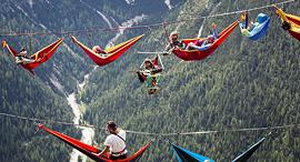 פוטו הרפתקאות אדרנלין ערסל בשמיים האלפים האיטלקים