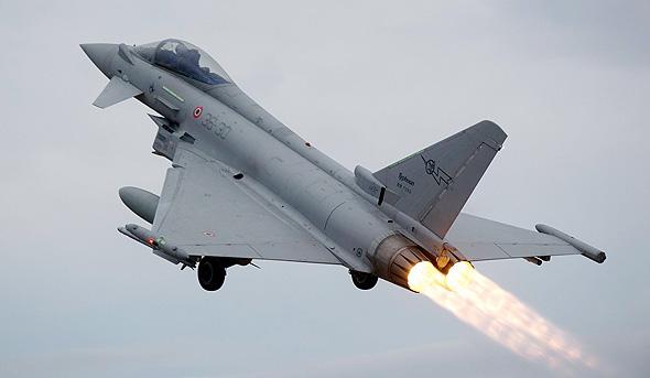 מטוס יורופייטר. לבלאק האונד אותו מנוע סילון  , צילום: youtube