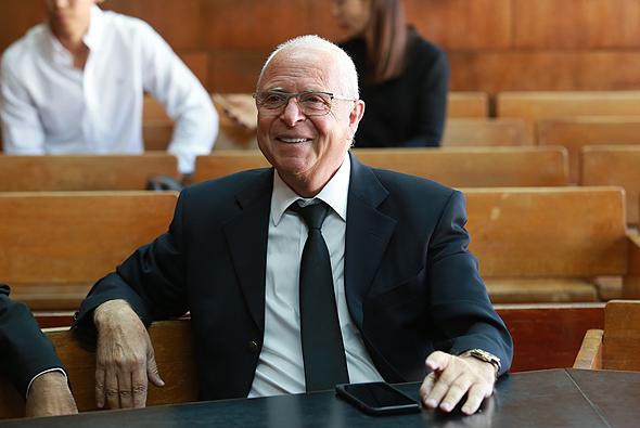 עורך הדין יוסי שגב. הבוקר בבית המשפט