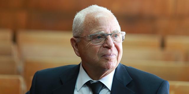 """עו""""ד יוסי שגב שכר שופט המחוזי בדימוס משה גלעד לייצג אותו בערעור"""