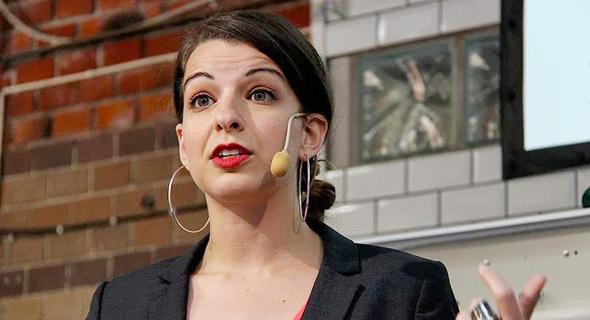 אניטה סרקסיאן, ממובילות הארגון