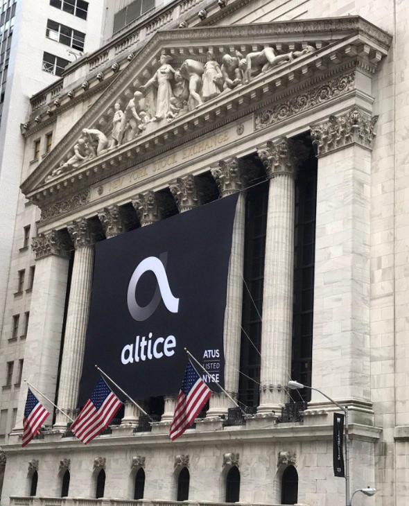 פטריק דרהי פותח את המסחר ב ניו יורק, צילום: טוויטר/ NYSE