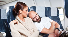 נוסעים מעצבנים טיסה מטוס נוסע ישן מחלקת תיירות, צילום: גטי אימג'ס